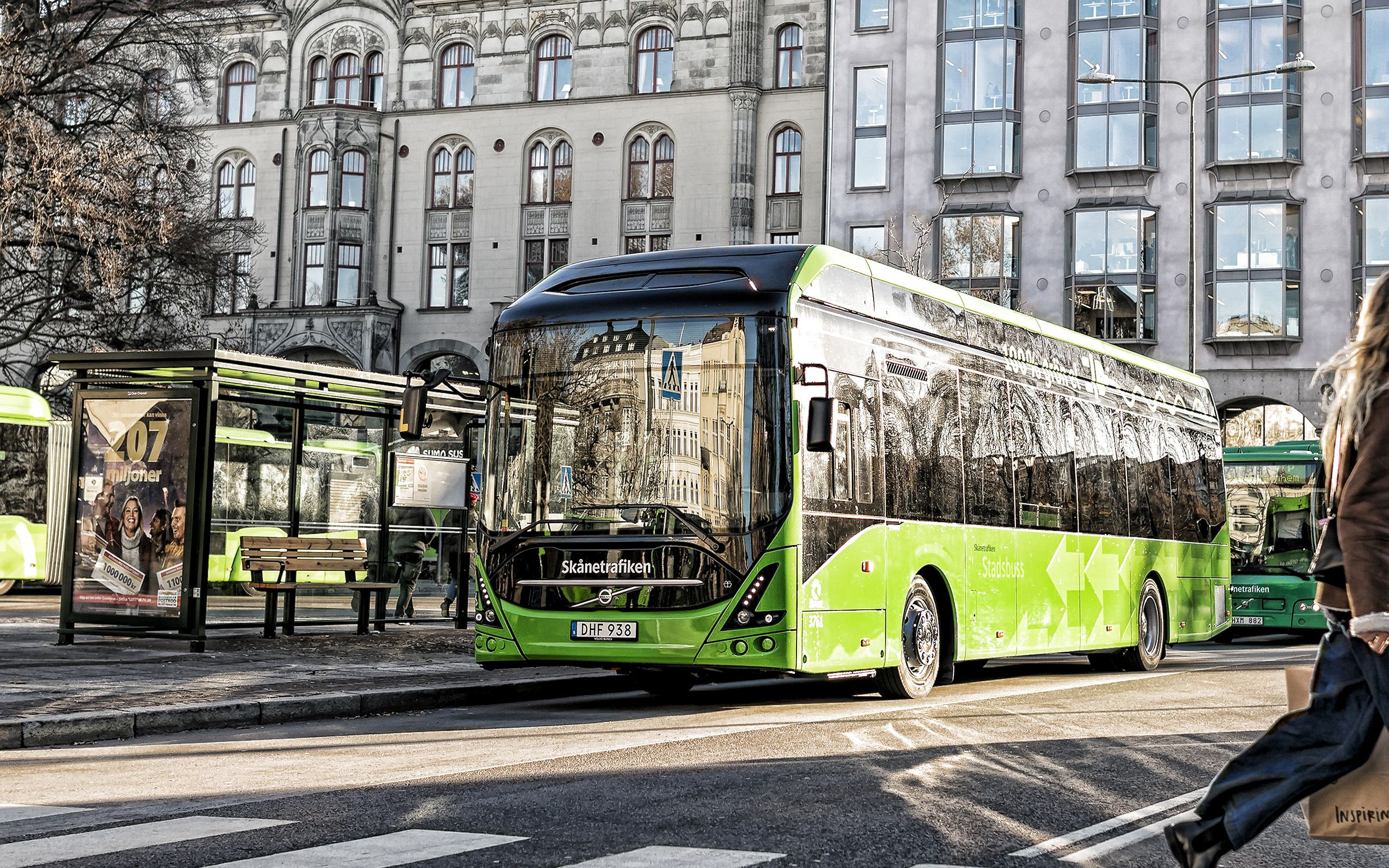 super luxury bus images