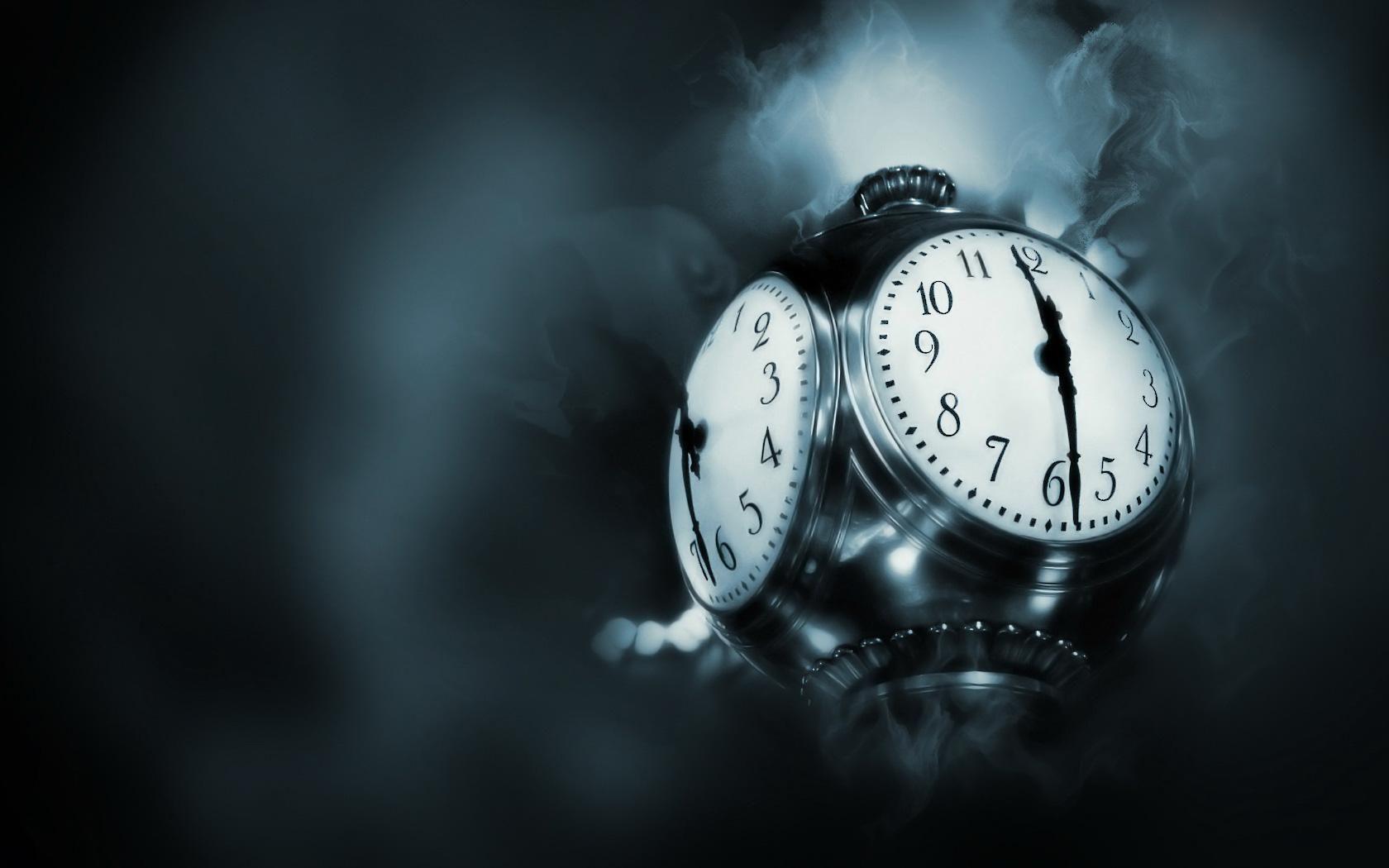 free clock wallpaper