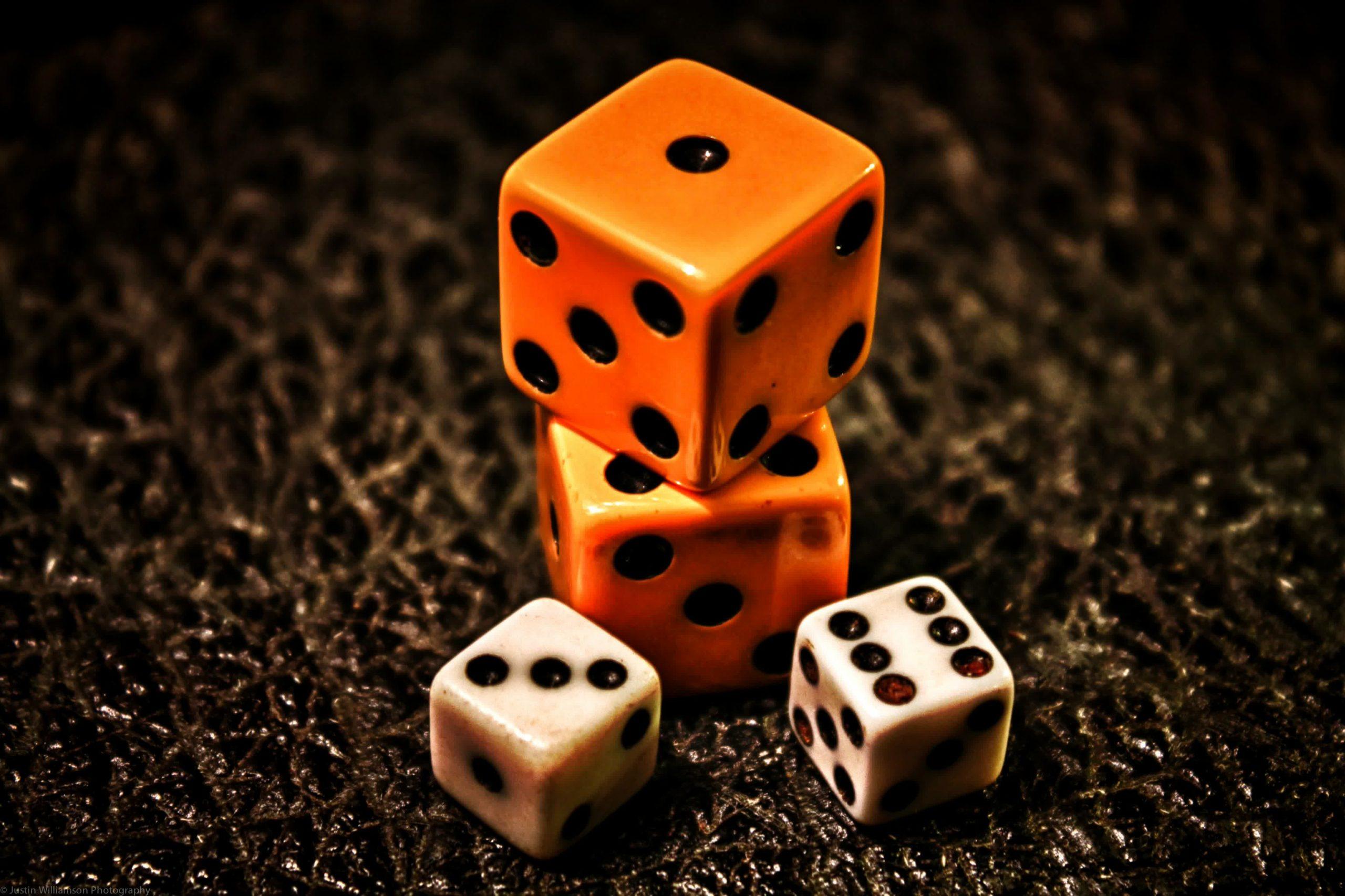 rpg dice wallpaper