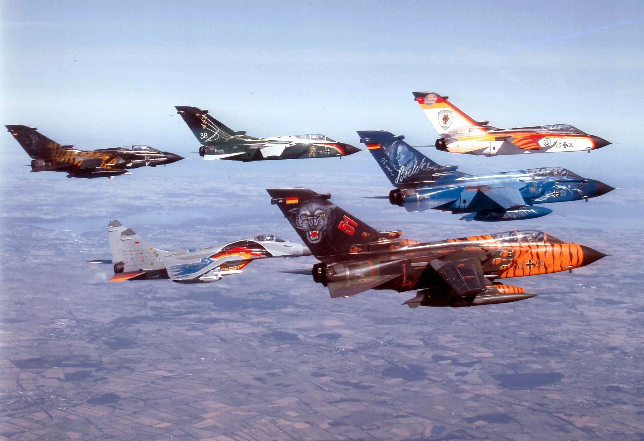 fighter jet pics
