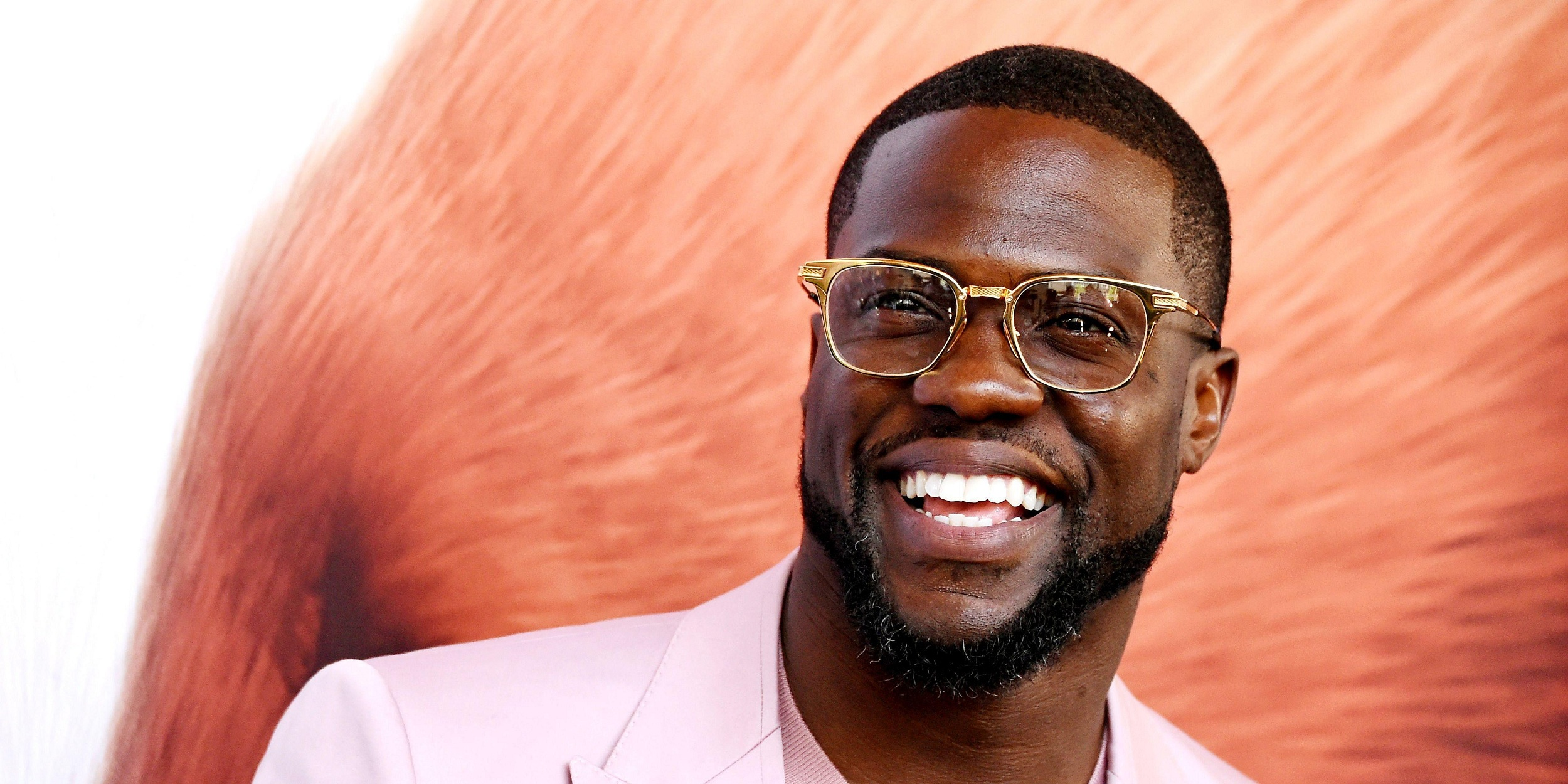 a picture of kevin hart