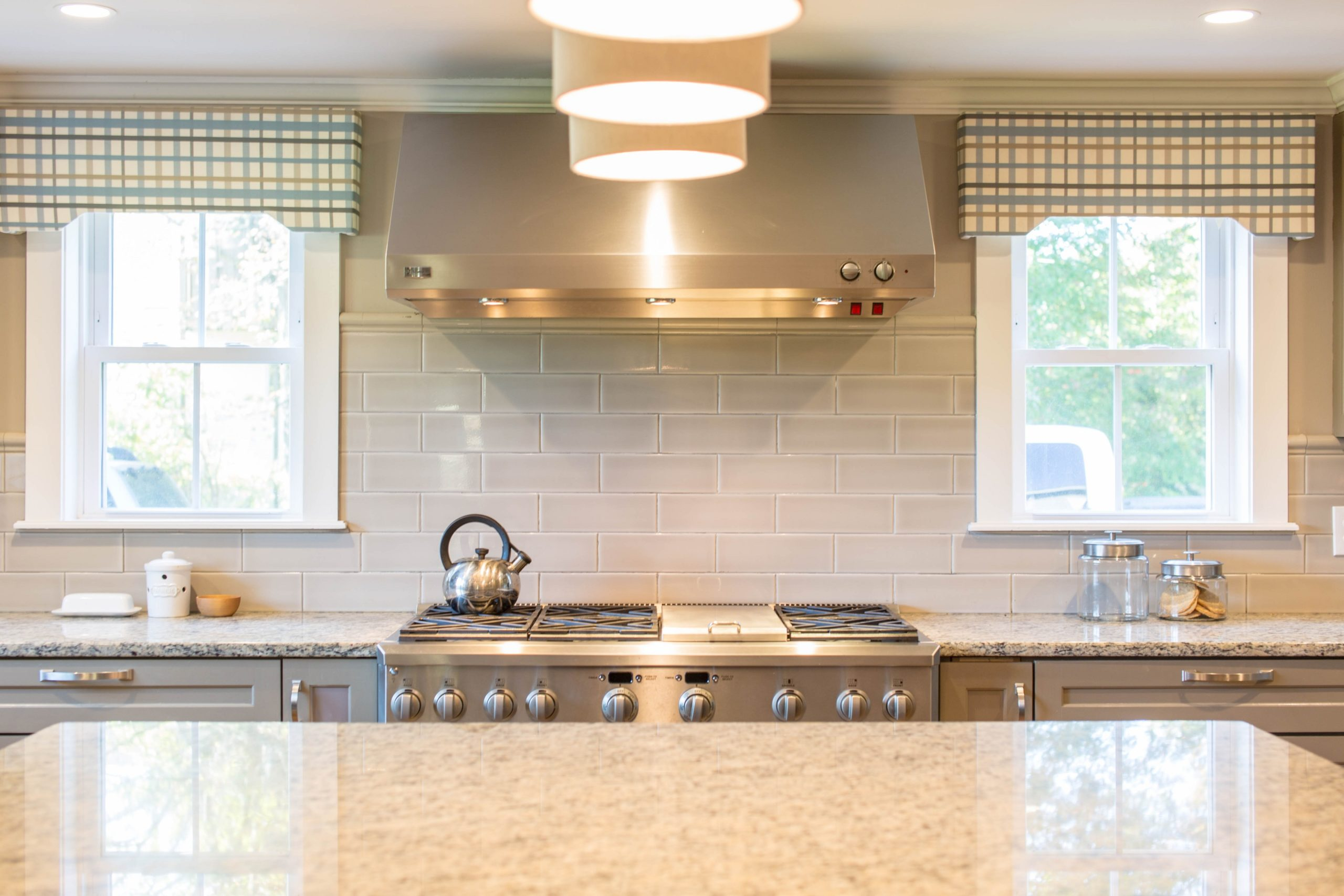 modern wallpapers for kitchens