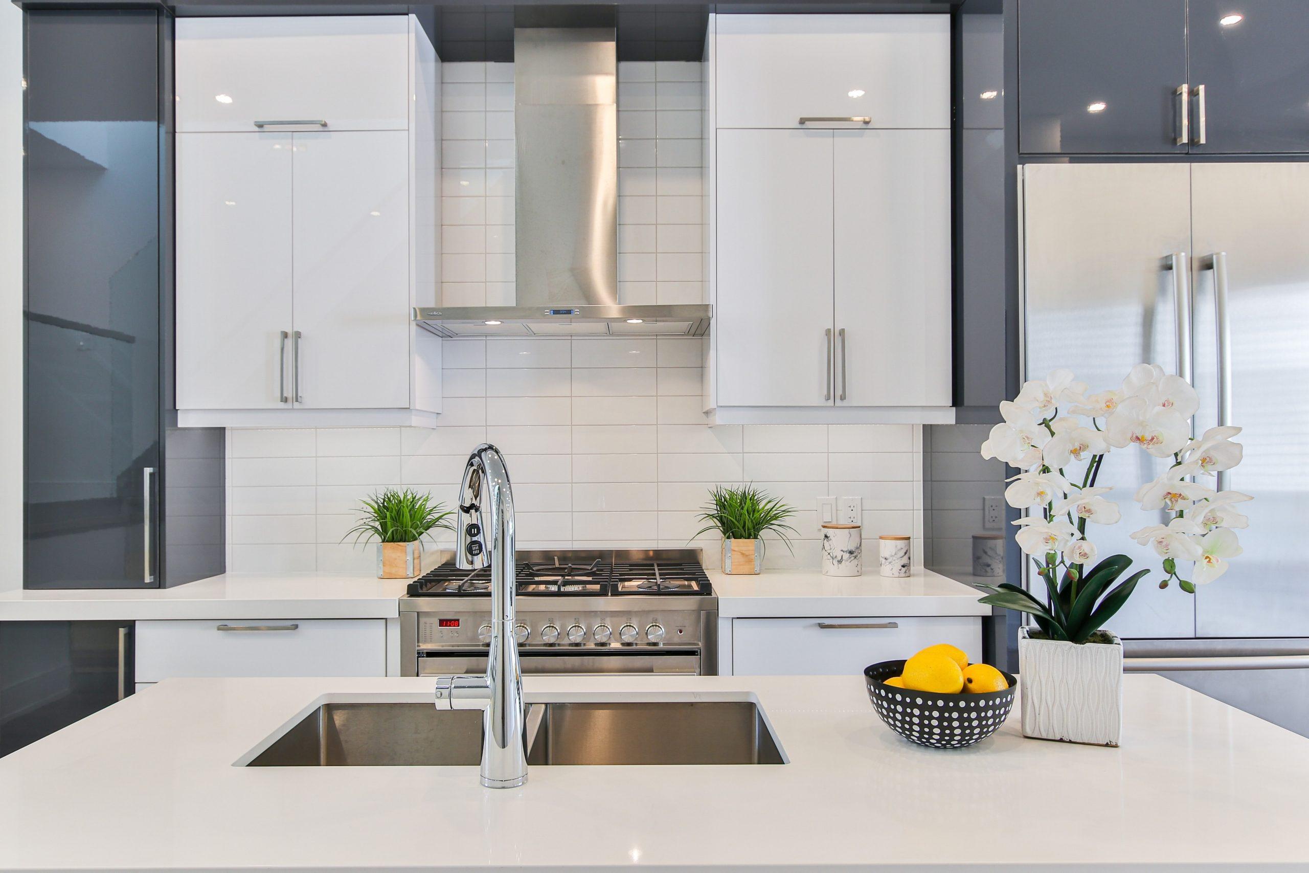 modern wallpaper for kitchens