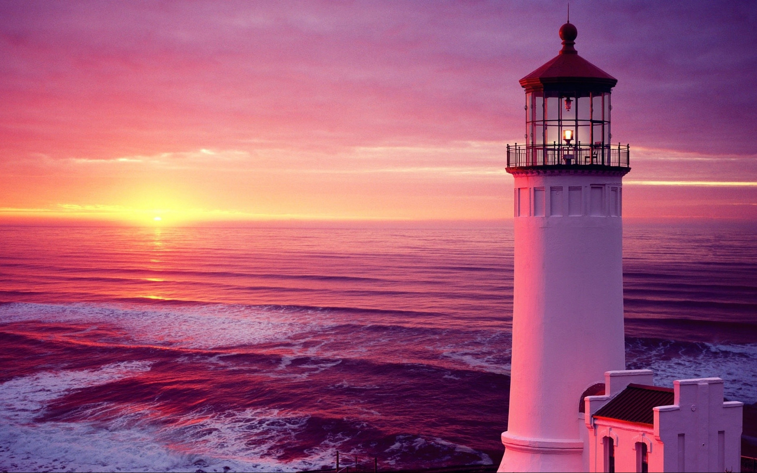 pictures of lighthouses around the world