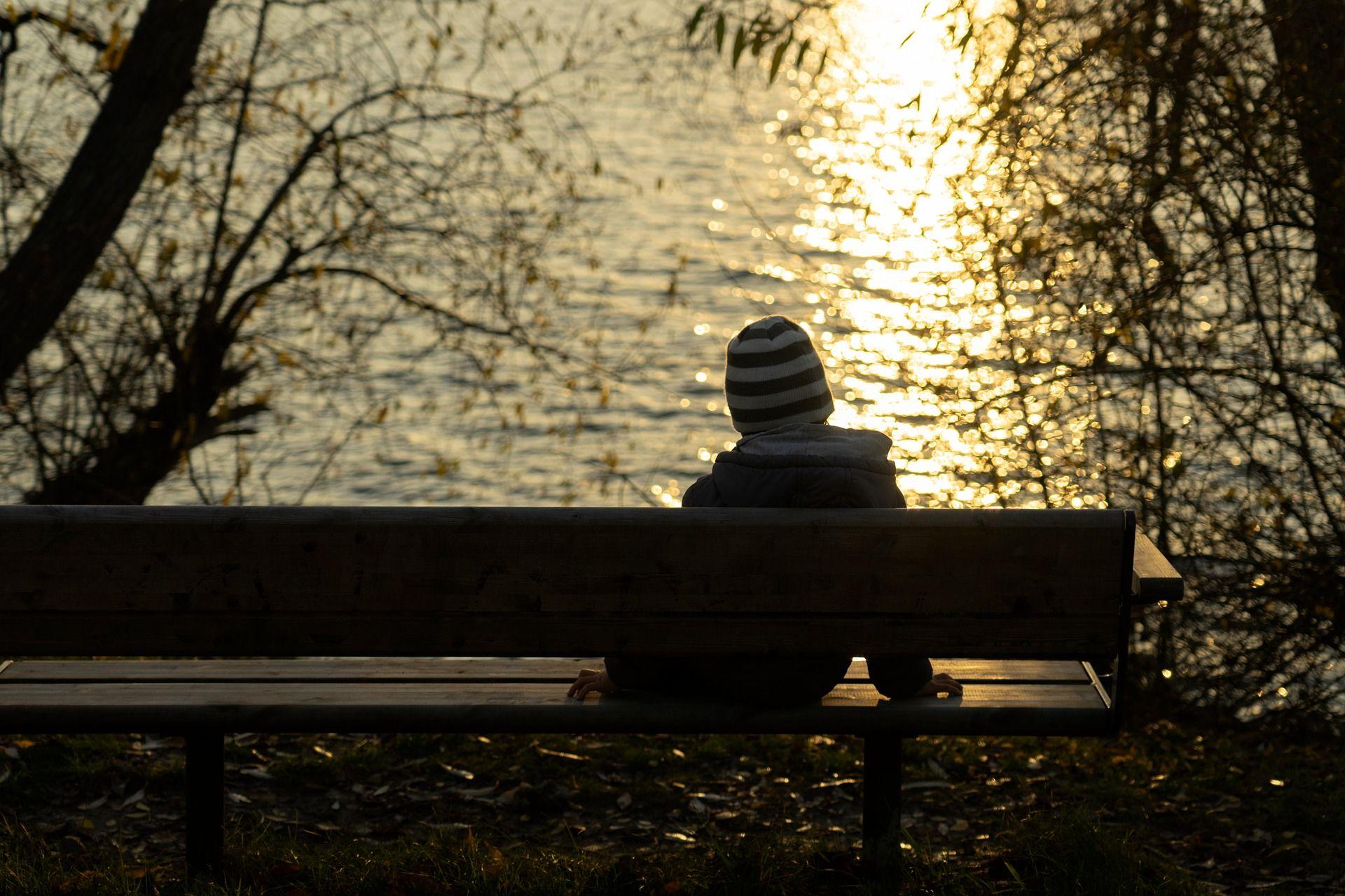 alone boy hd pic