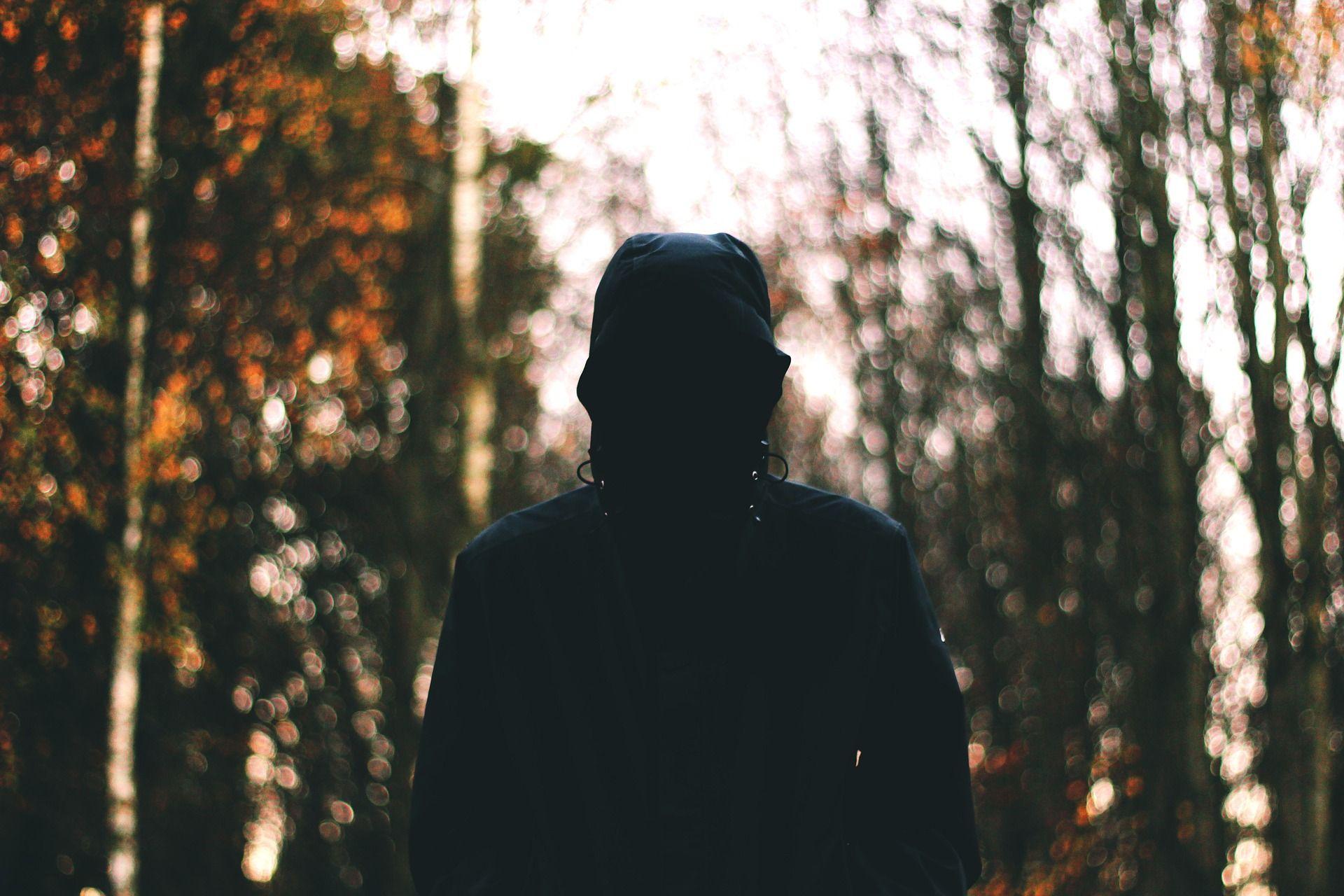 feeling alone photos