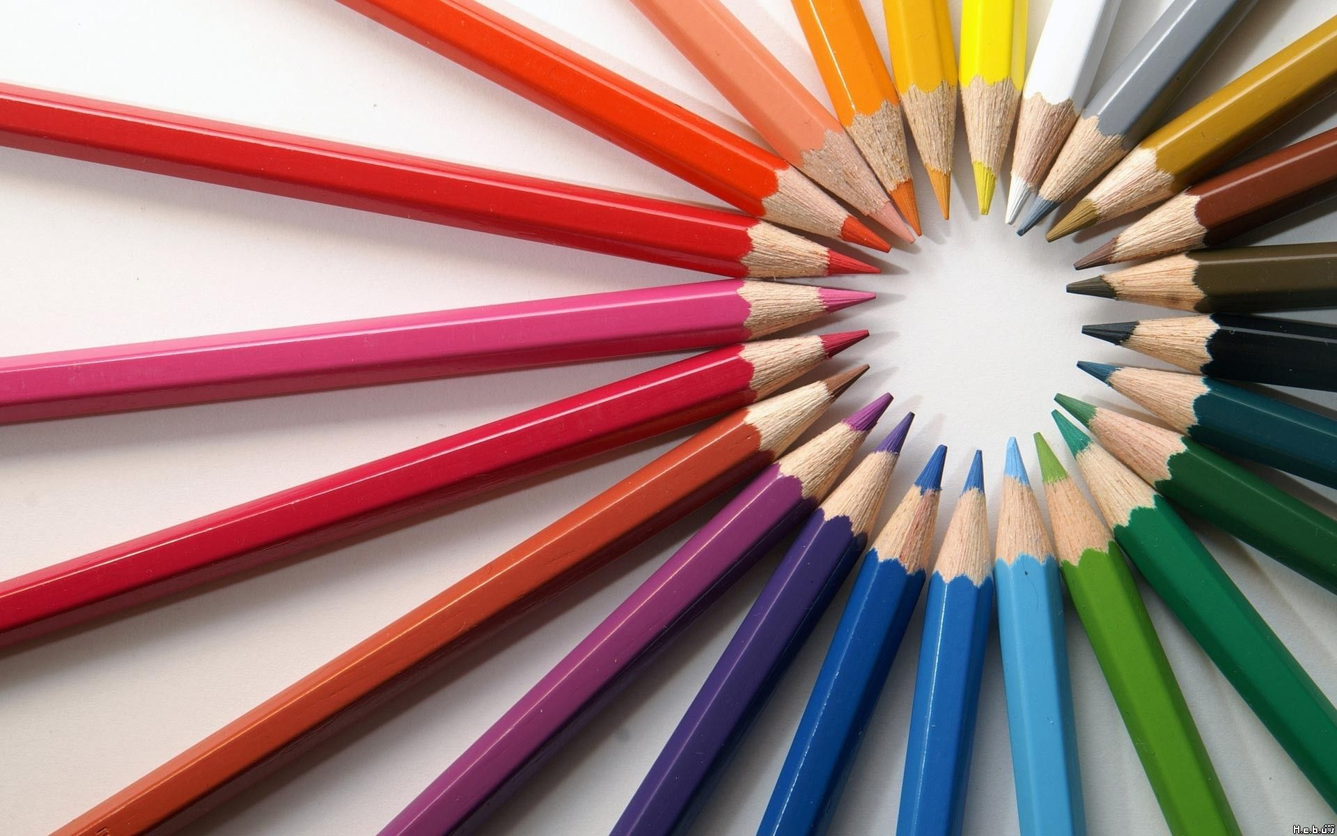 pictures of colored pencils