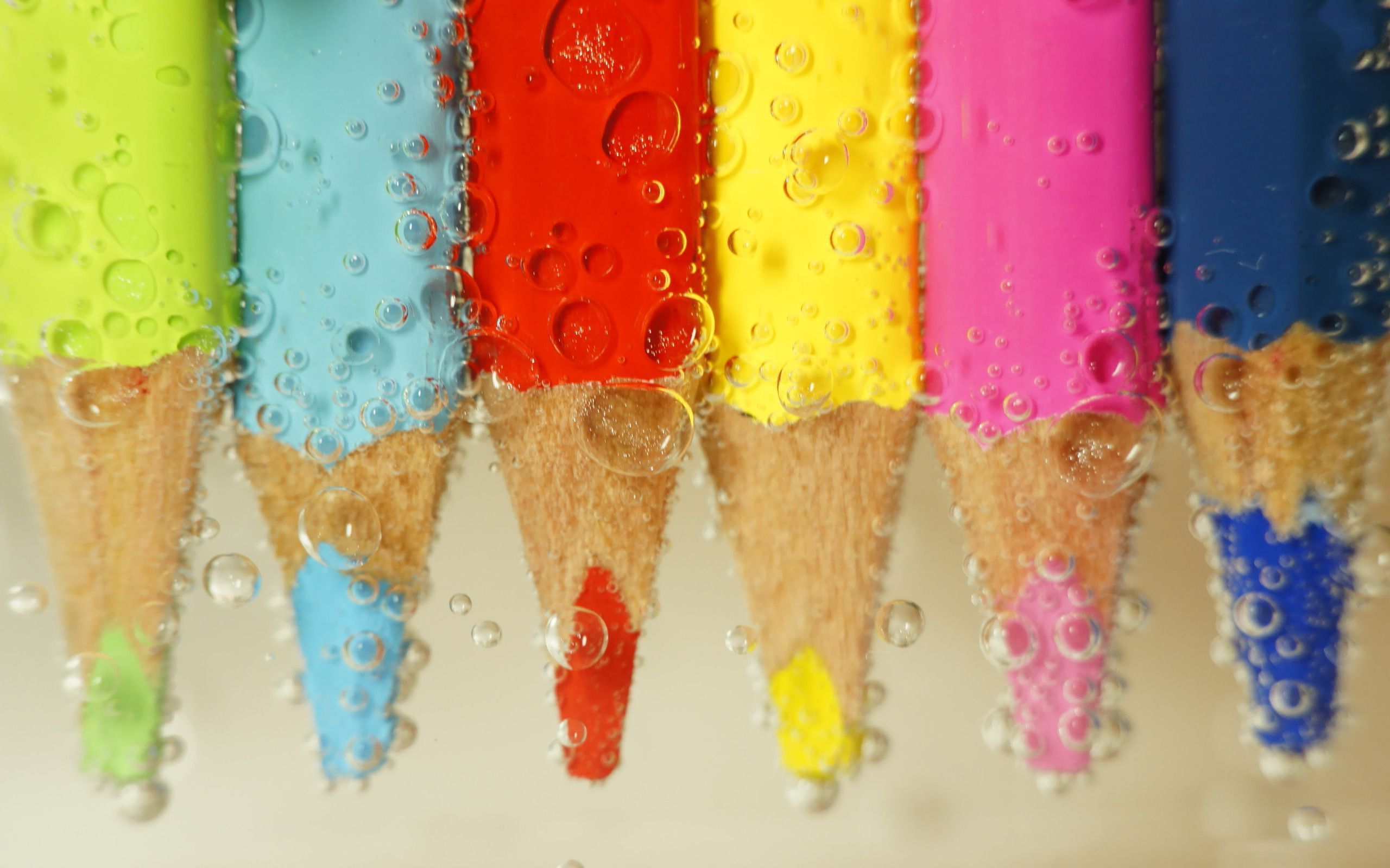 colouring pencils wallpapers
