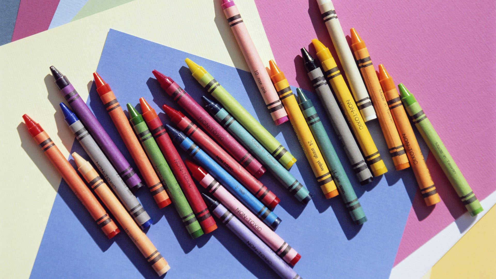 images of colored pencils