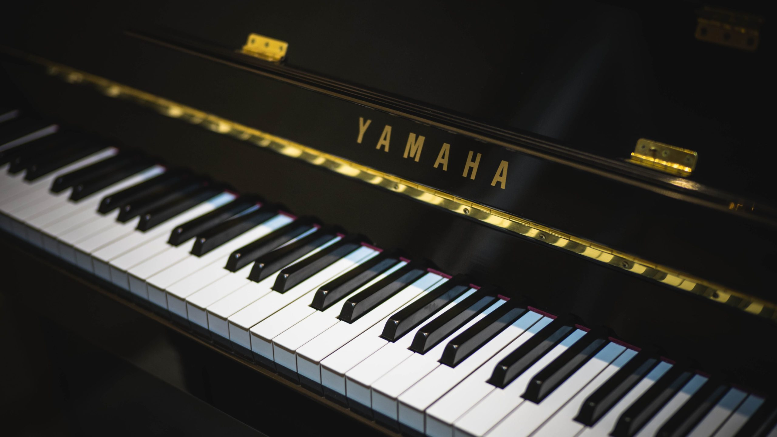 images of piano