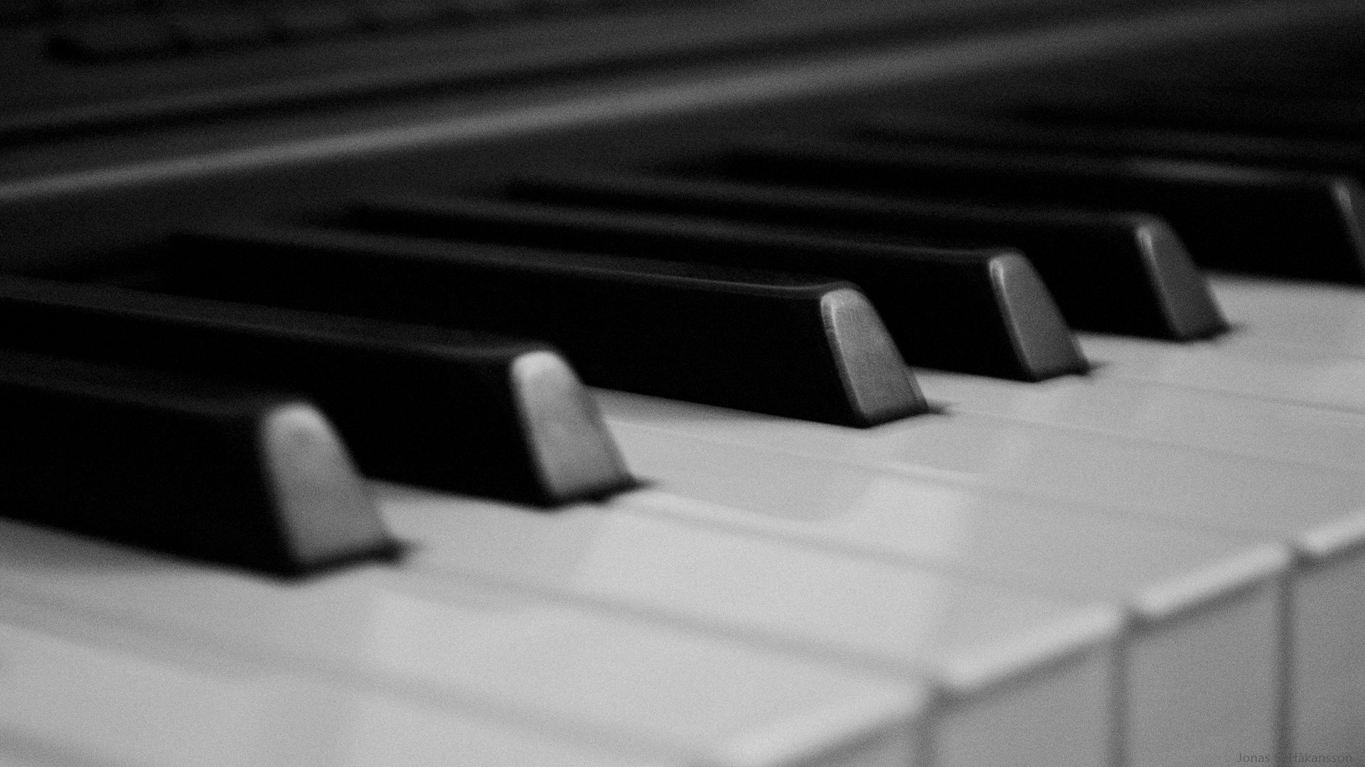 image of piano