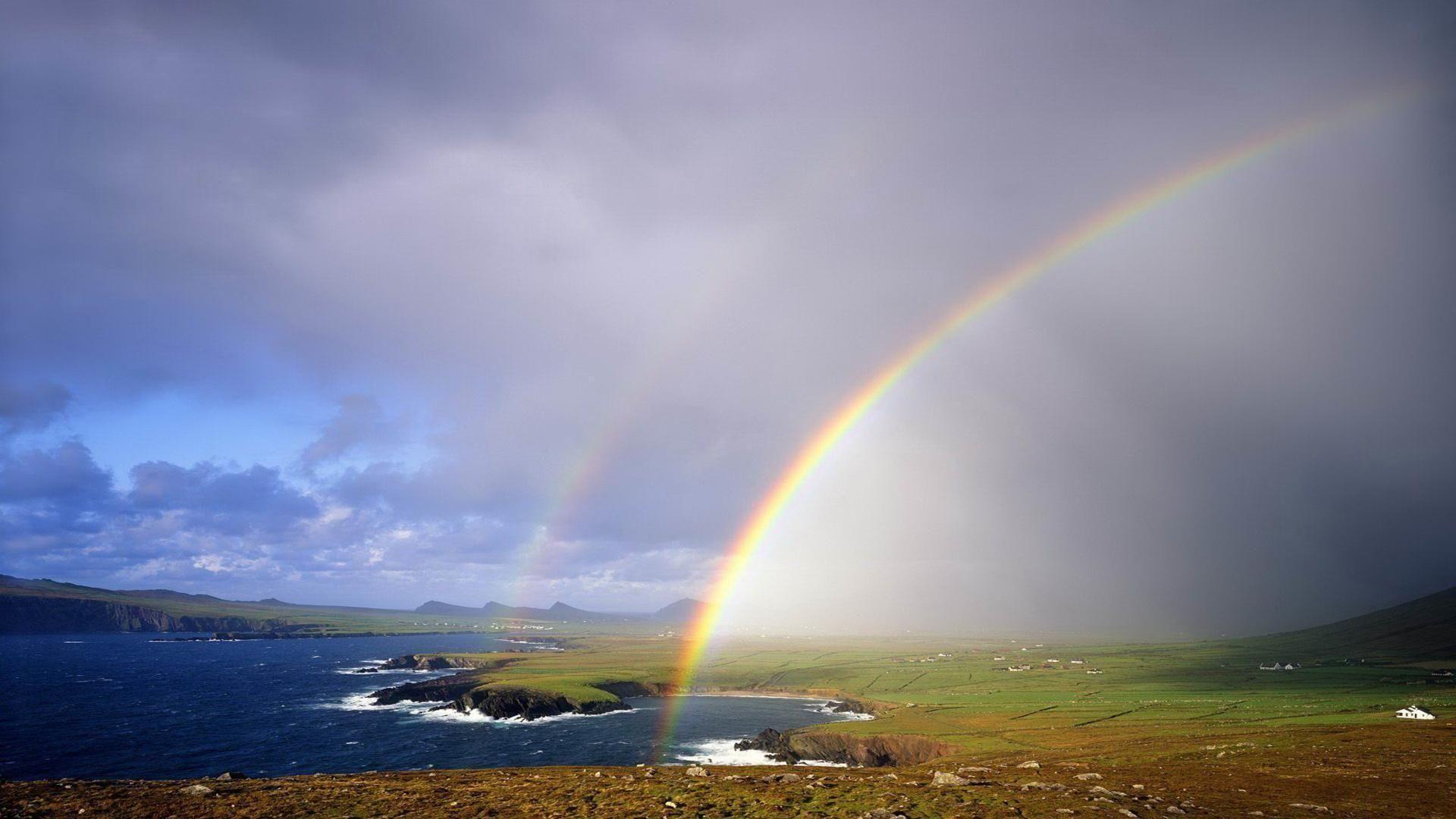 free rainbow background